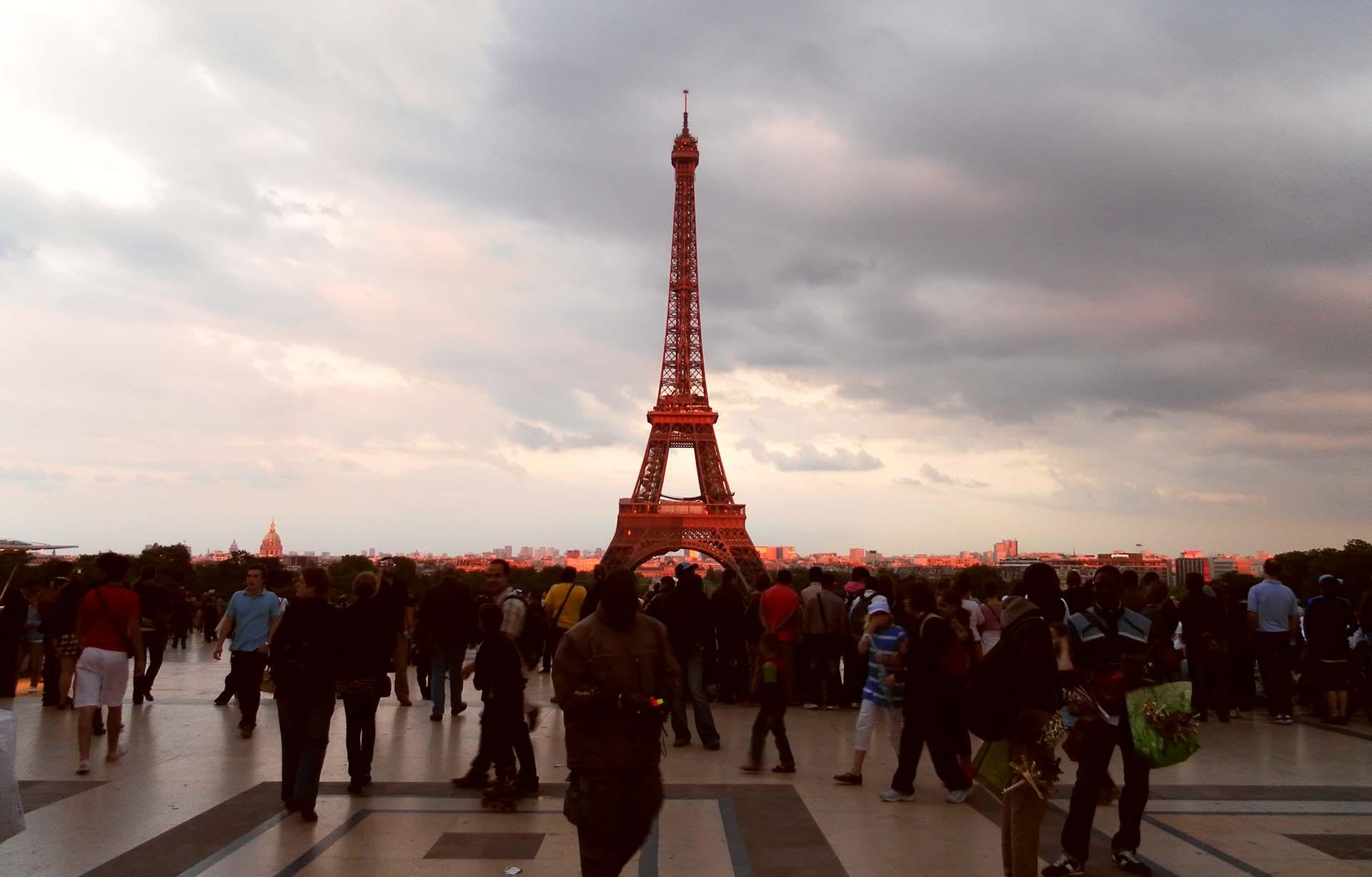 Eifelturm als Symbolbild der Fachschaft Französisch
